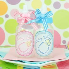 Mini Baby Boy and Girl Plastic Baby Bottles by Beau-coup Baby Shower Crafts, Baby Shower Gifts For Boys, Unique Baby Shower, Baby Shower Favors, Shower Party, Unicorn Baby Shower, Baby Boy Shower, Baby Showers, Baby Boy Cards