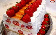 Romanian Desserts, Romanian Food, Romanian Recipes, Sweet Treats, Deserts, Strawberry, Food And Drink, Sweets, Baking