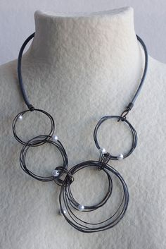 Irregular Circles Necklace with Pearls Oxidized by mardecoLorrosa
