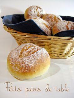 J'en reprendrai bien un bout...: Petits pains de table