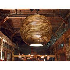 Dit is de Graypants Sun #hanglamp, gemaakt van gerecycled karton en voorzien van een brandwerende coating. #verlichting #lamp