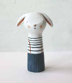 Bunny rabbit art toy paper clay finger puppet por sweetbestiary