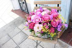 バラ/バースデー/フラワーアレンジメント/花どうらく/花屋/hanadouraku/http://www.hanadouraku.com/flower arrengement/Birthday