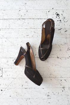 16597d9f375 Brownie Points platforms   vintage 1940s shoes   40s by DearGolden