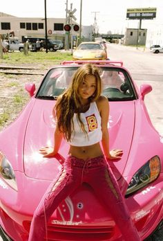 Devon Aoki pink fashion photography editorial model beauty fast and furious sports car 2000s Fashion Trends, 90s Fashion, Fashion Outfits, Pink Fashion, Paul Walker, Fast And Furious, Vin Diesel, Aoki Devon, Fangirl