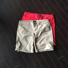Shorts Bermuda American eagle shorts. I just don't wear shorts. Nothing wrong with them. They look cute rolled up too. American Eagle Outfitters Shorts Bermudas