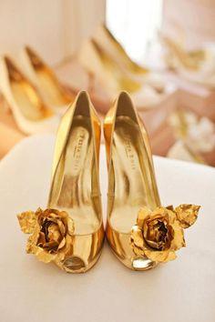 Gold wedding shoes 'Golden Ennis' by Freya Rose - fairy tale feel