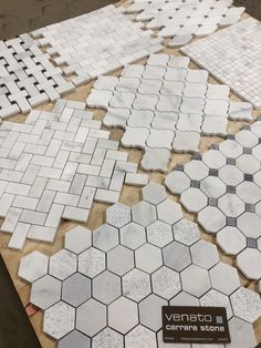 Just some of our Marble Venato Mosaics, all these in honed. Have a project in mind? Head over to our website to get your sample and see this beautiful marble up close. Marble Carrara Venato Mosaic Collection Source by buildersdepot Marble Bathroom Floor, Bathroom Flooring, White Tile Bathrooms, Bathroom Tiling, Shower Floor Tile, Tile Flooring, Dream Bathrooms, Bathroom Wall, Floors