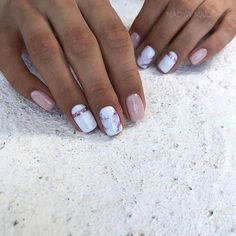 What Christmas manicure to choose for a festive mood - My Nails Shellac Nails, Nail Manicure, Toe Nails, Nail Polish, Best Acrylic Nails, Acrylic Nail Designs, Stylish Nails, Trendy Nails, White Nails