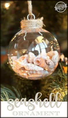 Busy Kids Happy Mom: Seashell Christmas Ornament. Pinned by SOS Inc. Resources. Follow all our boards at pinterest.com/sostherapy/ for therapy resources.