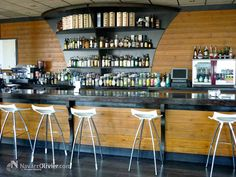 Carpintería a medida y decoración Pub Katania - Aguilas, Murcia.