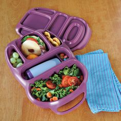 Lunch box with compartments. No more plastic bags.