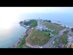 Murudeshwar is a coastal town in India. Shiva Statue, Arabian Sea, Indian Architecture, How To Level Ground, Coastal, Around The Worlds, Water, Travel, Outdoor