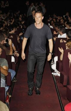 walkin' down the aisle...like a boss. (joe's back there and looks like he wants to catch up :P)