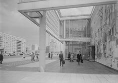 Kafe Moskau, Karl Marx Allee, East Berlin, 1970 (by Socialism Expo.)