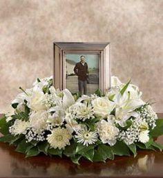 purple funeral flower spray | wreaths | Pinterest | Flowers for ...