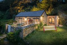 "Renovated ""piggery"": Libertine Cottage, Perranporth Beach, Cornwall, UK"