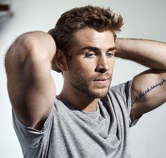 Liam Hemsworth haircut, short hair, men's haircuts