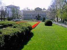 Pitesti, Romania www. Romania, Places To Go, Sidewalk, Mansions, Architecture, House Styles, Building, Travel, Magic