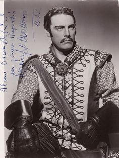 Mario Del Monaco - impossibly talented handsome tenor from the golden age of opera Opera Music, Opera Singers, Classical Opera, Classical Music, Mario, Beatiful People, Famous Singers, Famous Men, Historical Costume