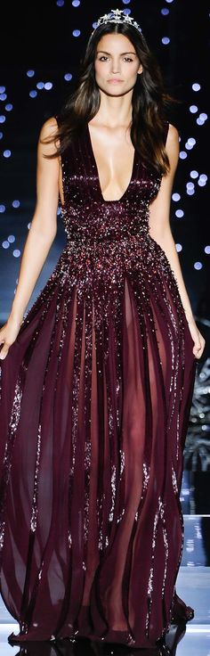 Zuhair Murad Fall Winter 2015-2016 | mode, luxe, défilé, automne, hiver, 2015, 2016. Plus de news sur http://bocadolobo.com/blog/Categories/boca-do-lobo-news/