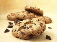 Easy Chocolate Chip Cookies   RecipeLion.com