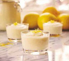 mousse citron thermomix, voila une recette si simple et facile pour faire une si délicieuse creme avec le thermomix pour votre dessert.