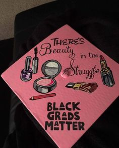 Ig: Heretoslay Her grad cap is everything! Graduation Cap Designs, Graduation Cap Decoration, High School Graduation, Graduation Pictures, College Graduation, Graduation Caps, Graduation Attire, Graduation Ideas, Grad Pics
