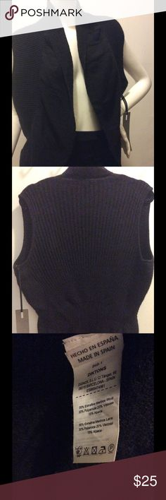 Diktons Barcelona Alpaca wool blend open vest Diktons Barcelona Alpaca wool blend open vest. Luxuriously soft and warm. MADE IN SPAIN. This knitwear line is expensive and made with high quality yarns, it is similar to Eileen Fisher for quality and price. We are a designer sample sale company based in NYC: www.wearmysample.com Diktons Barcelona Jackets & Coats Vests