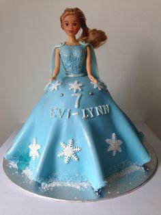 Barbie frozen cake, Barbie doll cake, frozencake, frozen taart