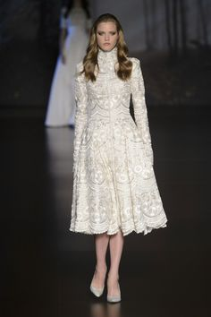 Ralph & Russo Fall 2015 Runway Pictures - Livingly