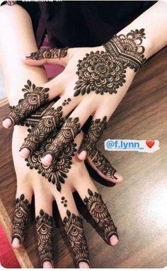 detailed mehndi design for hand Mehandi Design Henna Design# Mehandi Art Mehandi Art Henna Art Beautiful henna design by how lush the paste look like! Make the design so beautiful detailed mehndi design for hand Mehndi Designs For Kids, Finger Henna Designs, Mehndi Designs Feet, Beginner Henna Designs, Mehndi Designs 2018, Modern Mehndi Designs, Bridal Henna Designs, Mehndi Design Photos, Henna Designs Easy