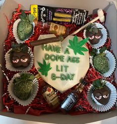 Chocolate Covered Treats, Chocolate Dipped Strawberries, Chocolate Bomb, Chocolate Hearts, Weed Birthday Cake, 18th Birthday Party, Birthday Cupcakes, Strawberry Ideas, Strawberry Patch