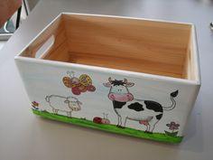 BAUERNHOF Spielzeugkiste aus Holz klein von Piddys Workshop auf DaWanda.com