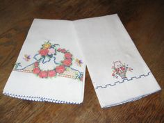 Pineapple House Antiques - Vintage Cross-Stitch Floral Guest Towels