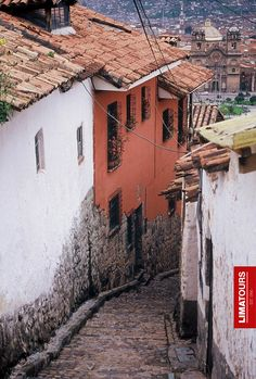 Cusco's (Peru) most atmospheric and picturesque neighborhood, San Blas, a short but increasingly steep walk from the Plaza de Armas, is lined with artists' studios and artisans' workshops, stuffed with tourist haunts. Offers the most spectacular panoramic vistas in the city.