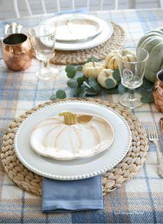Fall Table Settings, Thanksgiving Table Settings, Thanksgiving Decorations, Seasonal Decor, Table Decorations, Autumn Decorations, Fall Home Decor, Autumn Home, Home Decoracion