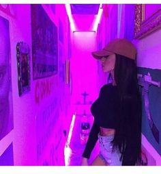 Neon light strips Can change color? Habe grn and purp adw Violet Aesthetic, Badass Aesthetic, Bad Girl Aesthetic, Purple Aesthetic, Aesthetic Photo, Aesthetic Pictures, Tumbrl Girls, Pinterest Instagram, Insta Photo