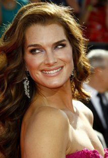 Brooke Shields - IMDb - Care - Skin care , beauty ideas and skin care tips Brooke Shields, Laser Eye Surgery Cost, Mommy Makeover, New York, Top 5, Aging Gracefully, Plastic Surgery, Beautiful Actresses, Celebrities