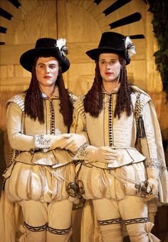 Joseph Timms as Sebastian and Samuel Barnett as Cesario from the Globe production of Night in NYC Apollo Theater, Theatre, Historical Costume, Historical Clothing, Brush Up Your Shakespeare, Samuel Barnett, Knight Outfit, Johnny Flynn, Elizabethan Costume