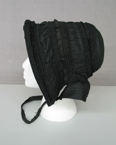 Nice shirred bonnet