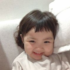 Cute Baby Meme, Cute Baby Couple, Cute Baby Girl Pictures, Baby Girl Images, Cute Little Baby, Little Babies, Cute Asian Babies, Korean Babies, Cute Babies