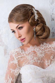 Premium stylist Anna Stepanova by Websalon Wedding Wedding Hair Inspiration, Diy Wedding, Wedding Hairstyles, Hair Makeup, Anna, Hair Beauty, Stylists, Make Up, Bride