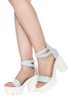 Shop ROMWE Blue Thick Heels Sandals at ROMWE, discover more fashion styles online. 3d Rose, Thick Heels, Latest Street Fashion, Dress P, Romwe, Ideias Fashion, Fashion Shoes, Slippers, Dance Shoes