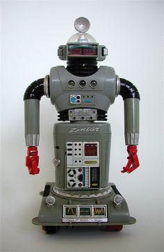 Robots: The taste of Petrol and Porcelain | Interior design, Vintage Sets and Unique Pieces www.petrolandporcelain.com Zeroid robot: Zintar (1967)