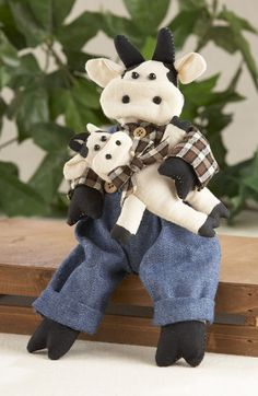 bovine calf decorations | Momma & Baby Cows at Simply Bovine