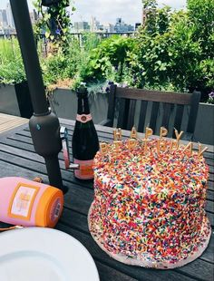 Birthday Goals, Birthday Party For Teens, 14th Birthday, Pretty Birthday Cakes, Pretty Cakes, Cute Cakes, Think Food, Love Food, Oui Oui