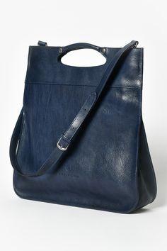 FIFTY BAG, BLAU - Vielseitige Handtasche, welche gerade, quer über die Schulter sowie auch in der Hand getragen werden kann. Der Schulterbändel ist abnehmbar. Design Shop, Bags, Fashion, Color Blue, Dark Teal, Shoulder, Handmade, Handbags, Moda