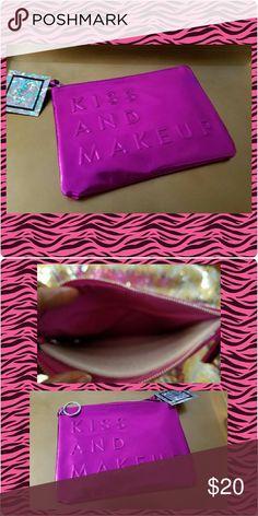 Fabulous Makeup Bag 8 1/2 ? 6 1/2 metallic hot pink makeup bag! Cute as a makeup bag or fashionable clutch Bags Cosmetic Bags & Cases