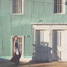 Con mi vestido #upcycled recorriendo las coloridas calles del sur.  #valparaisodemiamor